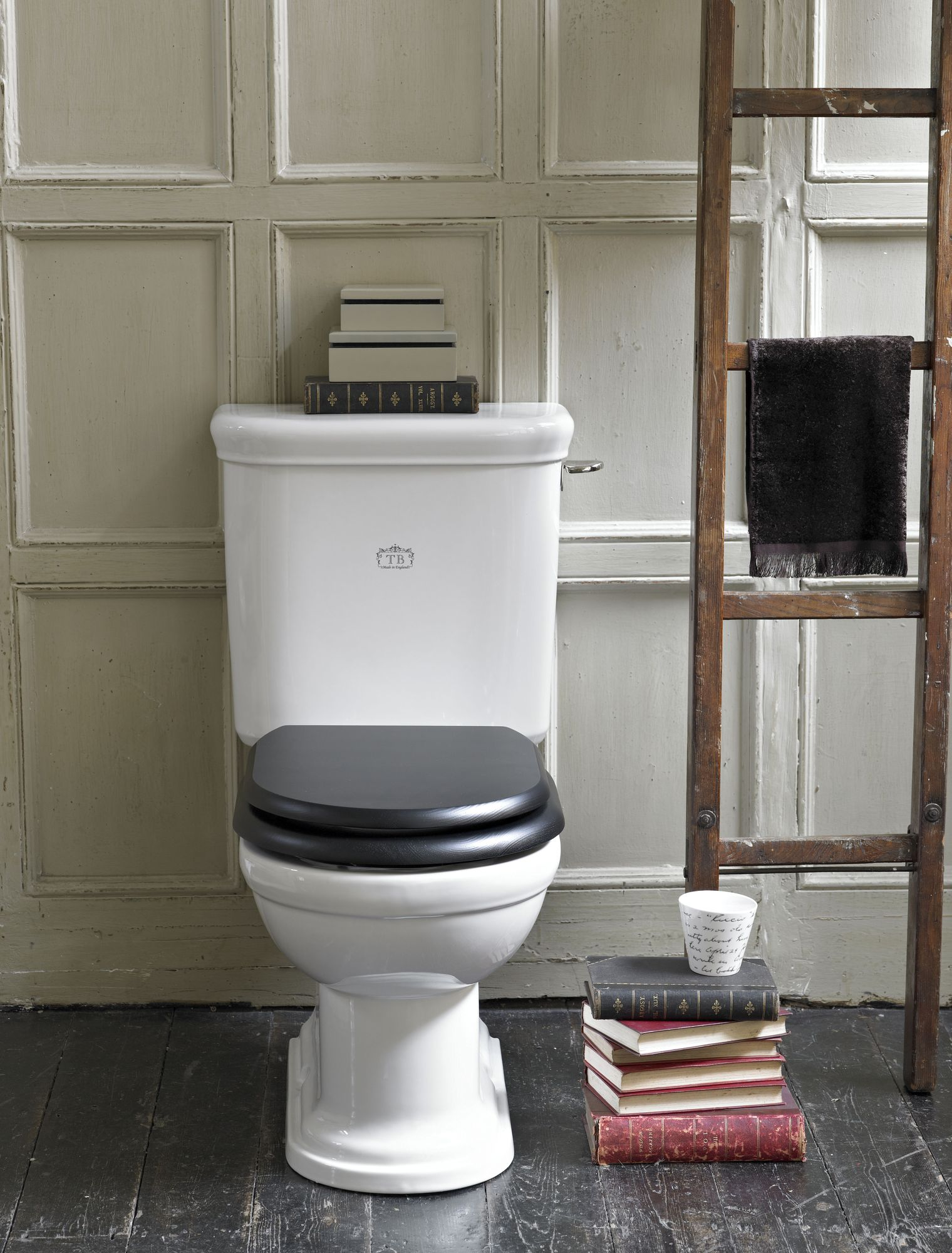 camden wc kombination mit aufgesetztem sp lkasten traditional bathrooms. Black Bedroom Furniture Sets. Home Design Ideas