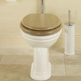 liverpool wc mit hochh ngendem sp lkasten traditional bathrooms badezimmereinrichtungen. Black Bedroom Furniture Sets. Home Design Ideas