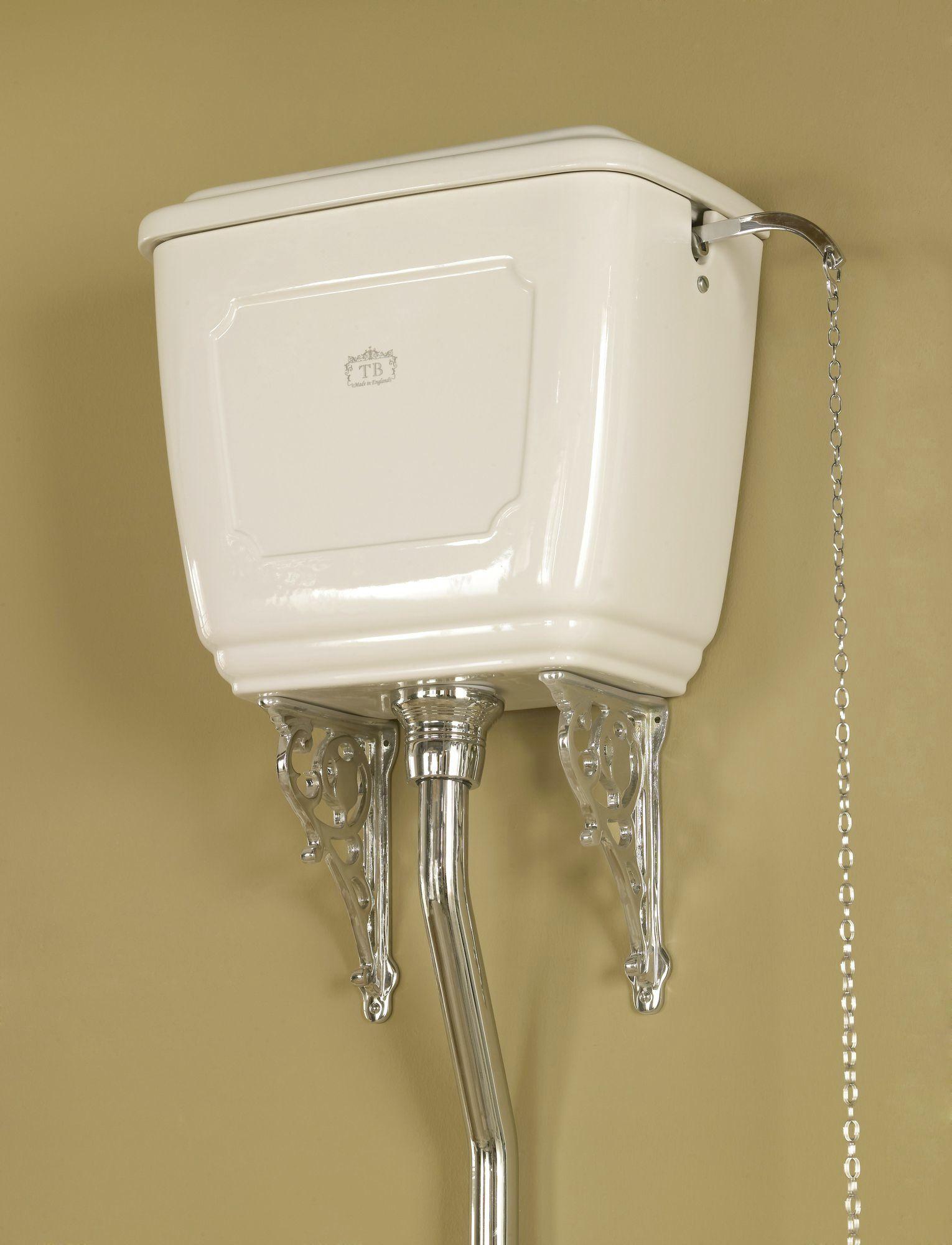 liverpool wc mit hochh ngendem sp lkasten traditional bathrooms. Black Bedroom Furniture Sets. Home Design Ideas