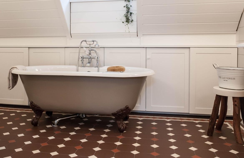 Nostalgie Badezimmer – TRADITIONAL BATHROOMS