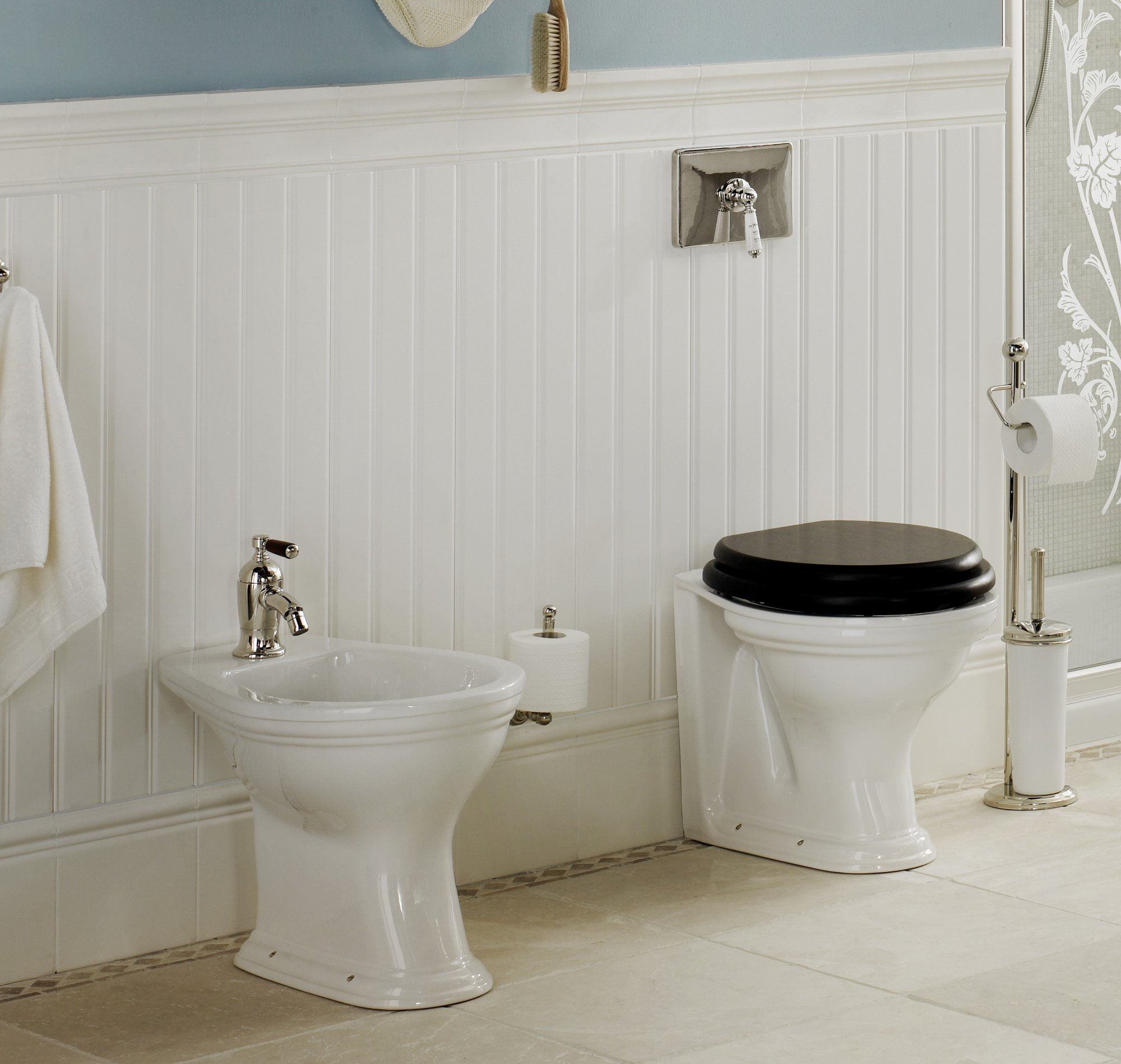 BOISERIE TRADITIONAL BATHROOMS - Fliesen 20 x 30 weiss
