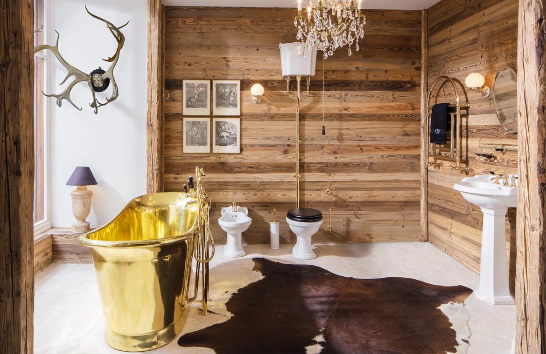 Badezimmer im Chaletstil