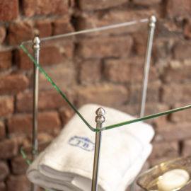 Glas Etagere mit 3 Glas Ablagen