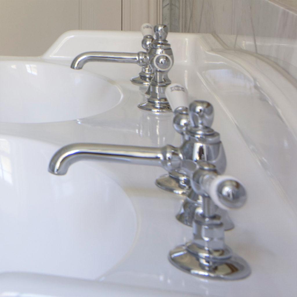 Elegantes Nostalgie Badezimmer Traditionelle Waschtisch Mischbatterie