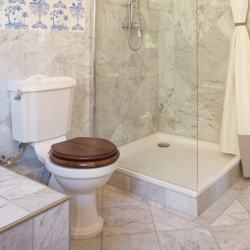Elegantes Nostalgie Badezimmer WC