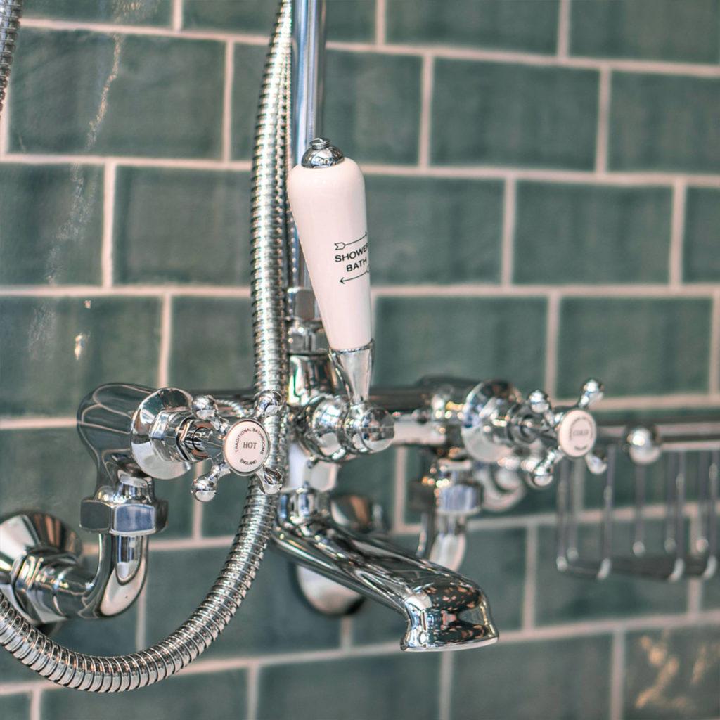 Retro Badeinrichtung Vintage Badewannen Armatur