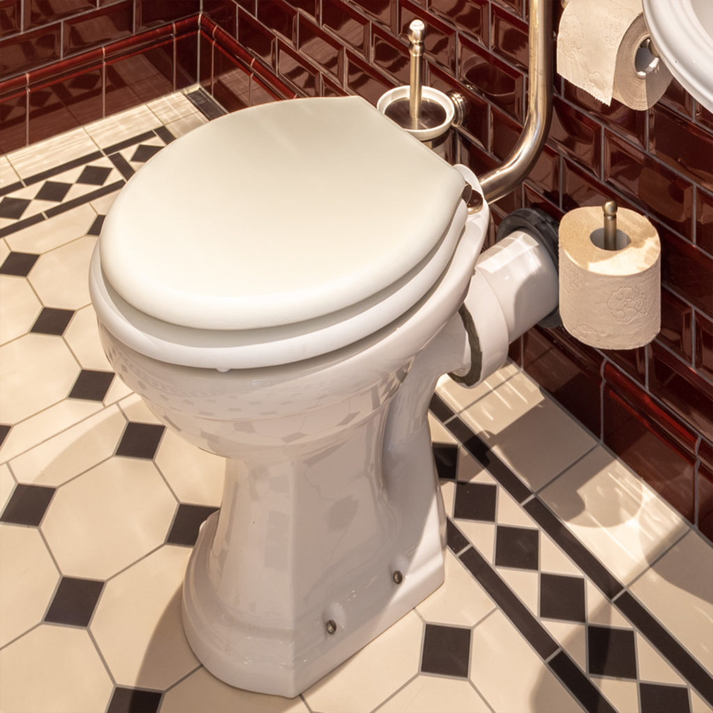 Bad im Retro Stil Nostalgie Toilette