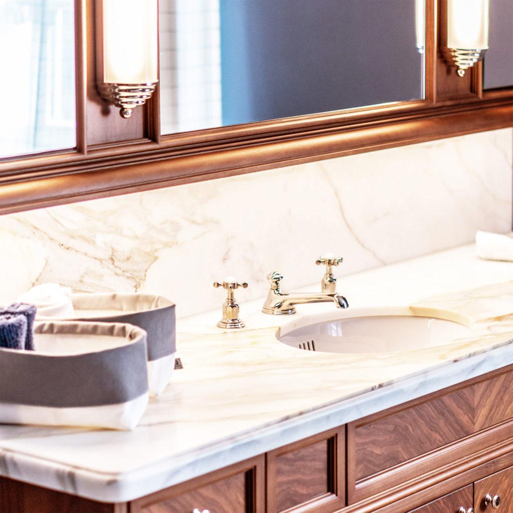 Exklusives Nostalgie Badezimmer Unterbauwaschtisch